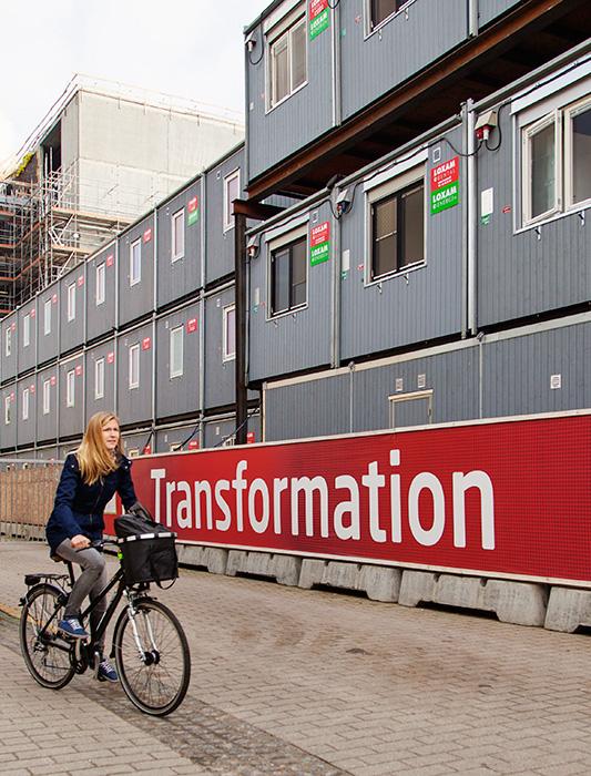 Transforming DTU, Byggepladshegn, skilte, exponent